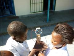 Photovoltaik: Ausbildungsprojekt in Südafrika zeigt Fortschritte