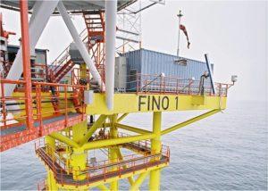 FuE-Zentrum der FH Kiel uebernimmt auch Forschungsplattform FINO1_hier_Offshore-Forschungsplattform FINO 1_Foto_BMU  Christoph Edelhoff