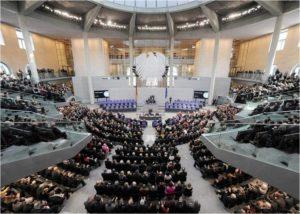 Haushaltsausschuss gibt Foerdermittel fuer Gebaeudesanierung frei_Foto_Deutscher Bundestag_Lichtblick_Achim Melde