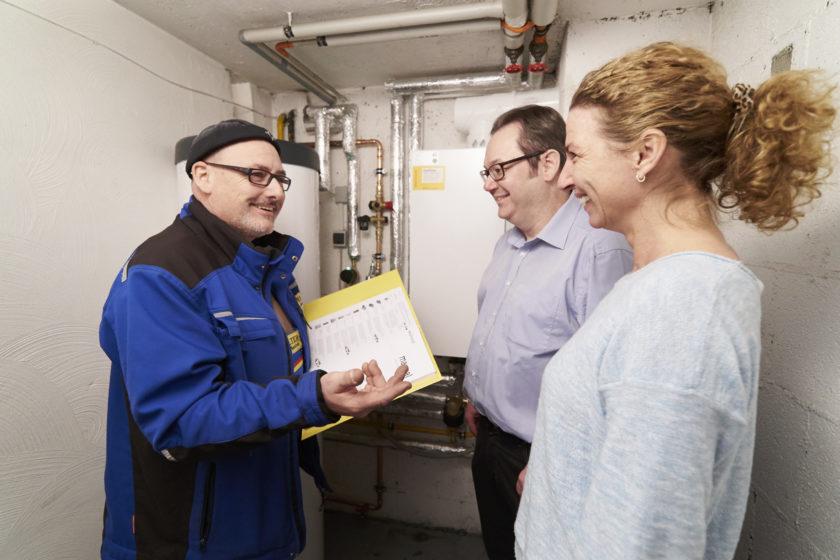 Das innogy Heizungscontracting verspricht, ohne Anschaffungskosten die alte Heizung gegen eine neue Gas-Brennwerttechnik auszutauschen. (Foto: innogy SE)