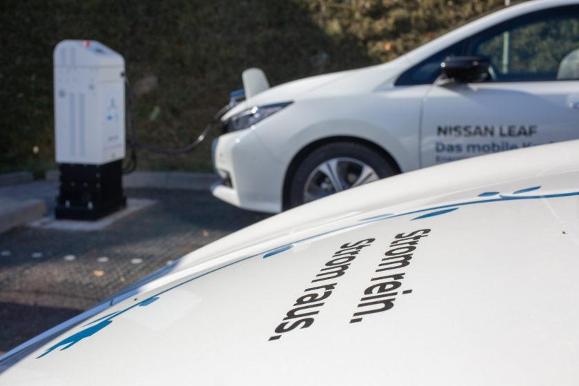 Der Nissan Leaf wird als erstes Elektroauto für Primärregelleistung qualifiziert und wird damit offiziell als Regelkraftwerk in das deutsche Stromnetz integriert. (Foto: The Mobility House / Nissan)