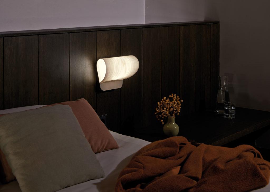 """Das LZF-Modell """"Pleg"""" ergatterte unter mehr als 4.500 eingereichten Produkten den begehrten reddot design award 2012. (Foto: LUZIFERLAMPS S.L.)"""