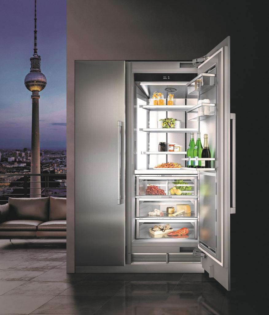Der moderne Kühlschrank hat unterschiedliche Temperaturzonen. So können die verschiedenen Lebensmittel optimal aufbewahrt werden. (Foto: AMK)