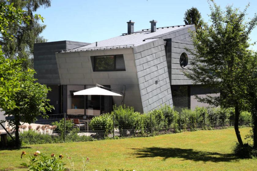 """Das 2001 erbaute """"smarthouse213"""" von Ute und Matthias Schmidt ist kein Haus wie jedes andere. Quelle: vor-ort-foto.de/Henning Rosenbusch"""