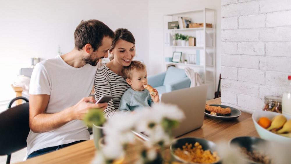 Damit das eigene Zuhause stets ein komfortabler Lebensraum bleibt, stellt Bosch End- und Fachkunden einfache vernetzte Lösungen und Services zur Verfügung. (Quelle: Bosch)