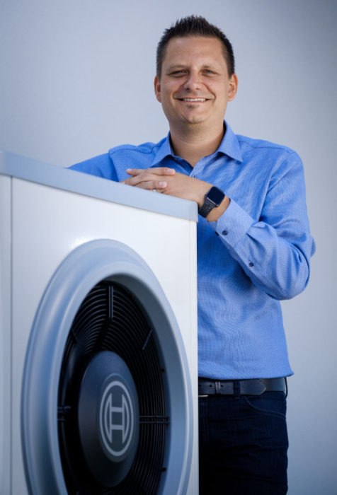 D. Roeck ist einer der ersten, der den Energiemanager von Bosch einsetzt. (Quelle: Bosch)