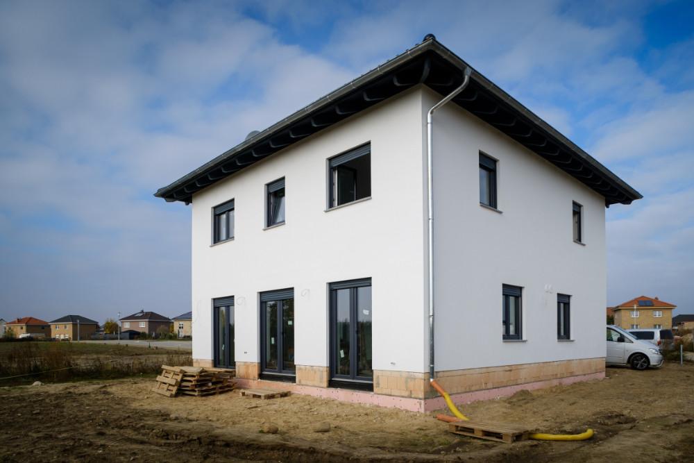 Die einschalige Bauweise der Stadtvilla ist vor allem hinsichtlich ihrer Nachhaltigkeit ein Gewinn für Bauherrn Christian Wolff. | Bildquelle: Bosch