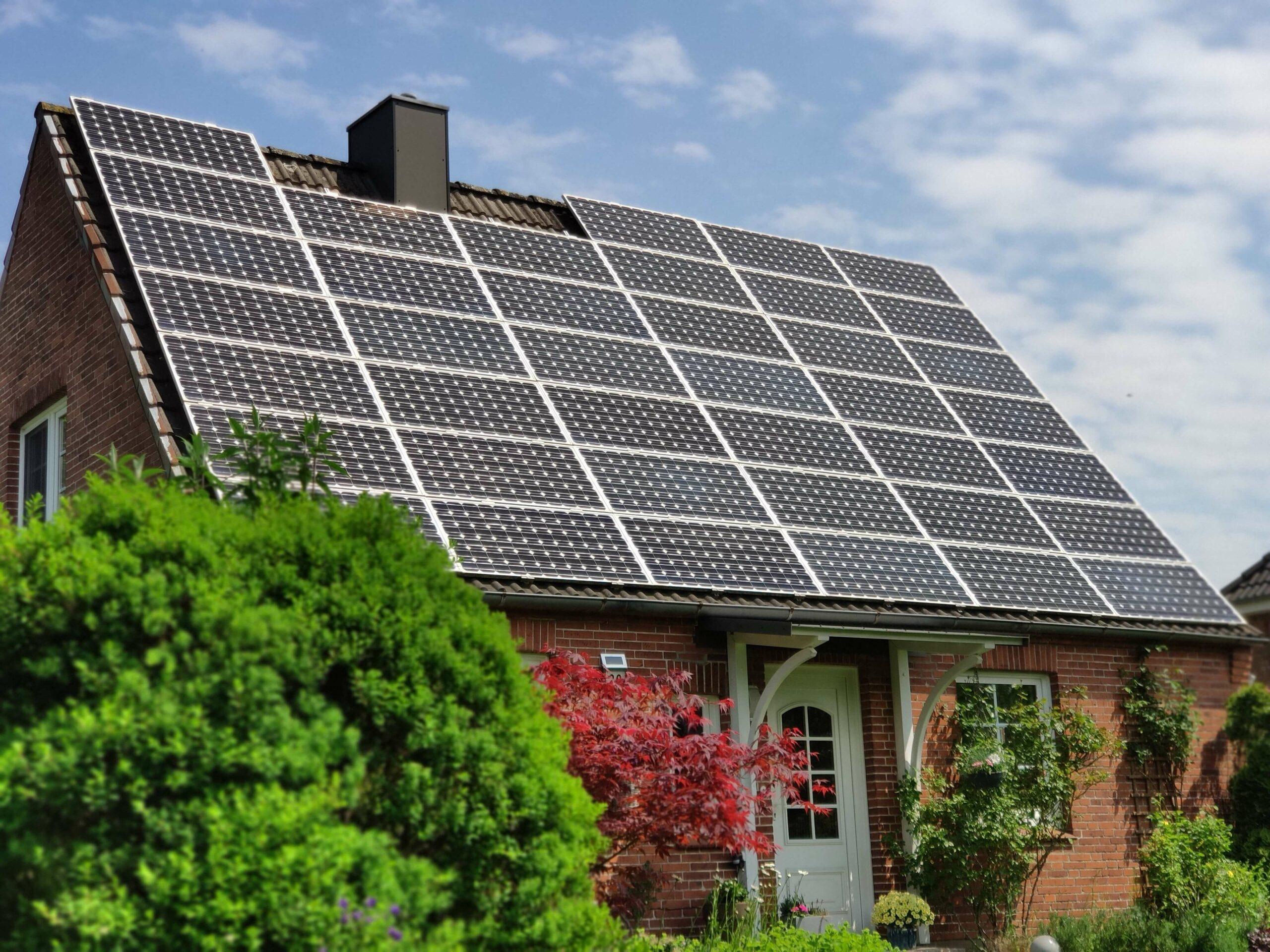Einkommensteuer-Befreiung für private Photovoltaik-Anlagen (Foto: haus.co)
